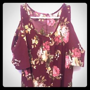 Women's off the shoulder floral top